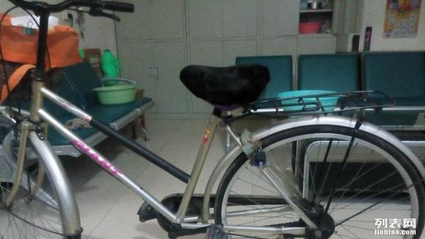 8成新捷安特自行车一辆 低价转让啦图片
