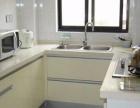 铁艺大门 围栏白钢厨房台面 整体橱柜