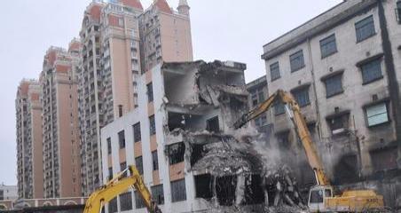 鸿运拆除,敲墙,打地坪,敲瓷砖,清运拉圾,拆旧