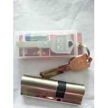 半导体指纹锁与光学指纹锁的区别免费上门安装质保两年包换三年保