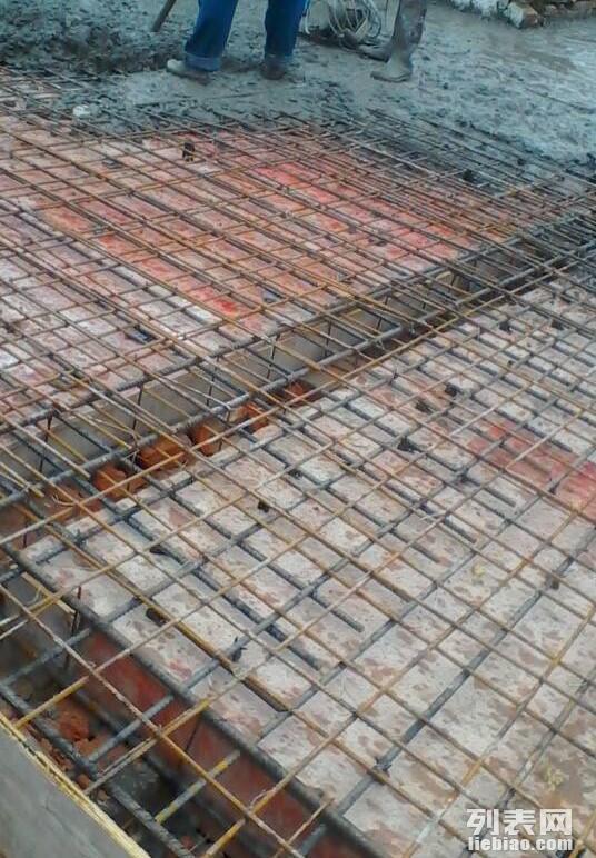 现浇钢筋混凝土隔层复式楼梯加层
