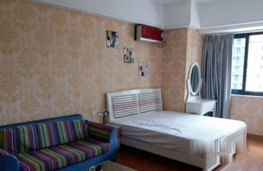 1室1厅1卫 精装修 带全家具家电 诚心出租