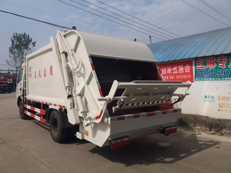 东风多利卡压缩垃圾车厂家/ 压缩垃圾车价格