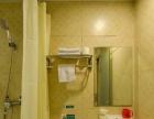 一室一卫 水电全免 设备齐全 男女不限 即可领包入住