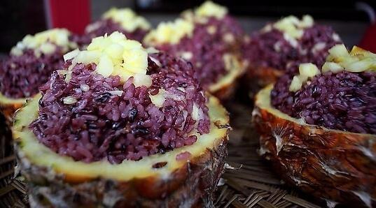 想开一个云南特色小吃店菠萝饭怎么样制作秘方哪里可以学到多学费
