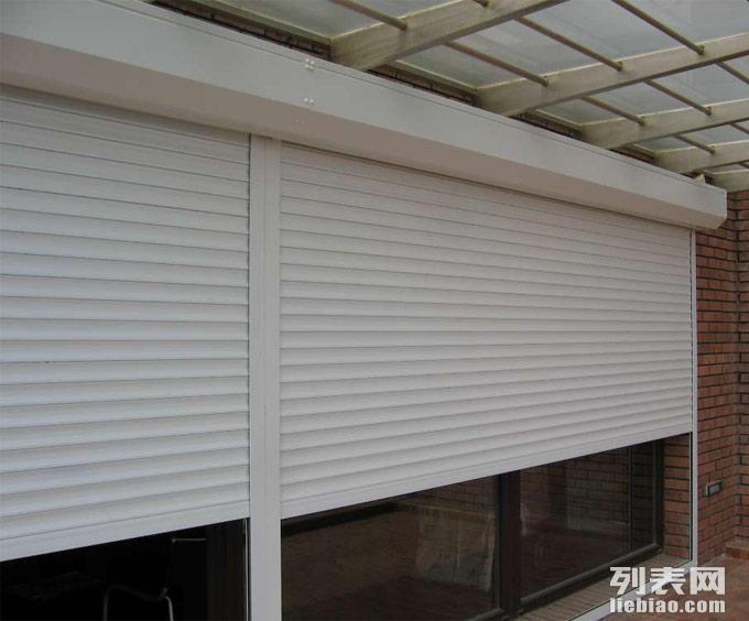 沈阳和平区保温门生产厂家热线13390551633保温卷帘门