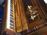 海口曙乐琴行吉他培训中心批发二手钢琴