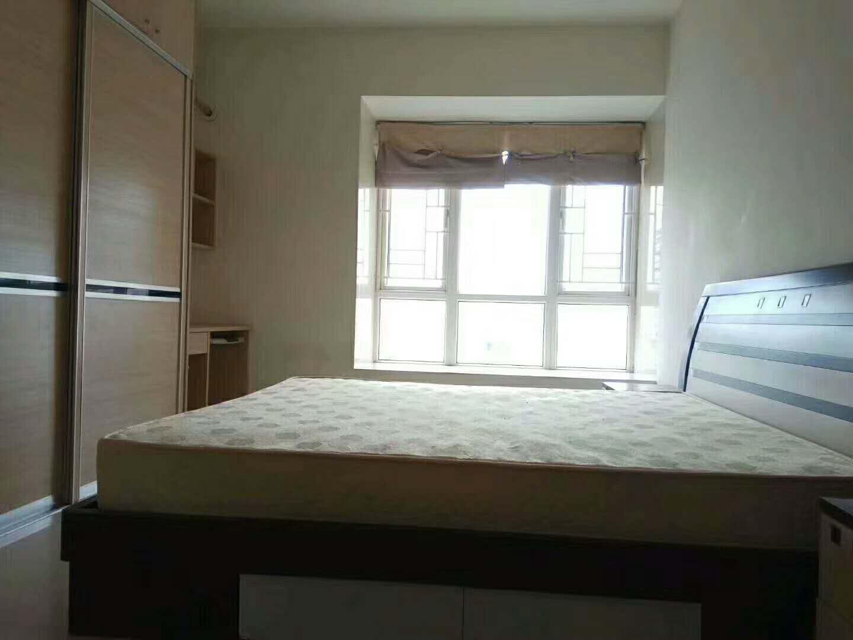 城市假日 165万 3室2厅2卫 精装修,黄金路段,先买