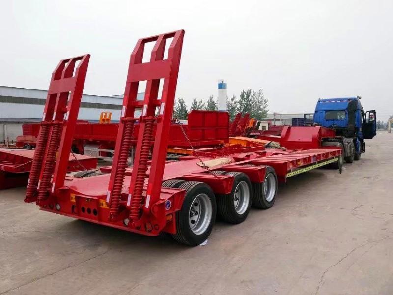 梁山厂家专业制造两桥三桥购机板运输半挂车 全国发货