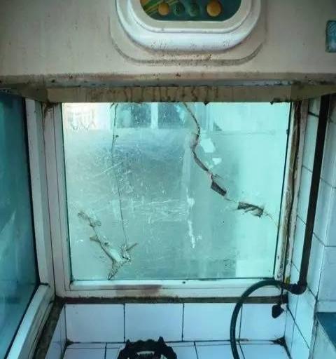 香炉礁香二小学一室一厅合厨小学家电齐全拎希兵家具图片