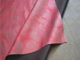 麂皮绒纹理图案红色PU仿皮绒 麂皮绒复合单面绒 烫金沙发面料