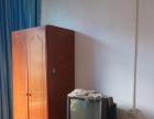 金城江家具齐全 拎 1室0厅 35平米 精装修 押一付三