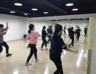 钢管舞教练班培训,各类舞蹈教练培训,无锡华翎欢迎你!