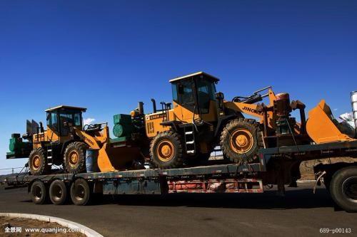 扬州 大件 运输 挖机 运输 一定要找靠得住的 鑫地物流