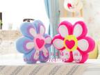 厂家直销 爱心六瓣花瓣抱枕 花型沙发抱枕靠垫坐垫 公司礼品批发