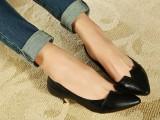 2014春鞋 韩版简约V口尖头低帮单鞋矮跟 小单鞋 女鞋 一件代