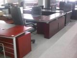北京东城办公家具回收 回收各种员工位 老板椅