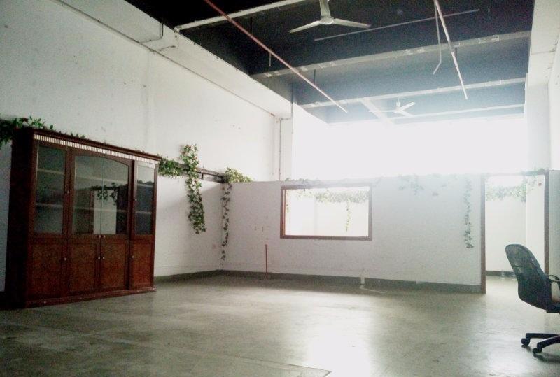 龙岗宝龙高新产业园4000平米带红本独院厂房出租