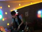 我想学DJ可以在夜场上班学酒吧DJ月收入有多少呢