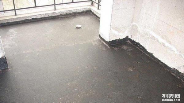 合肥拆除空中违章建筑 为屋顶防水改造工程扫除障碍