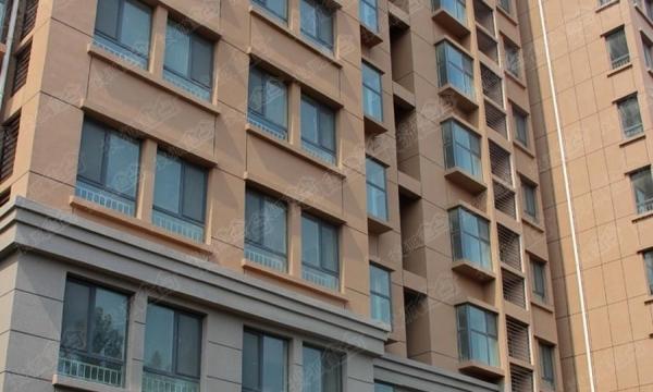 温馨两居室,电梯洋房,也可办公使用,随时看房。