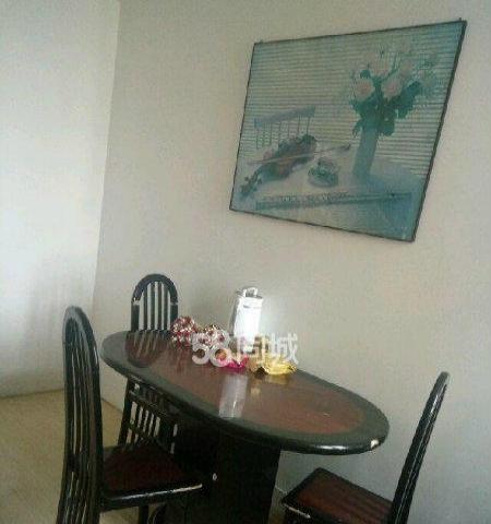常乐新村2室1厅卫 临近东方纽约城西小区新海花园