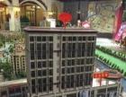永辉超市出入口三通门面,对面是80栋公租房