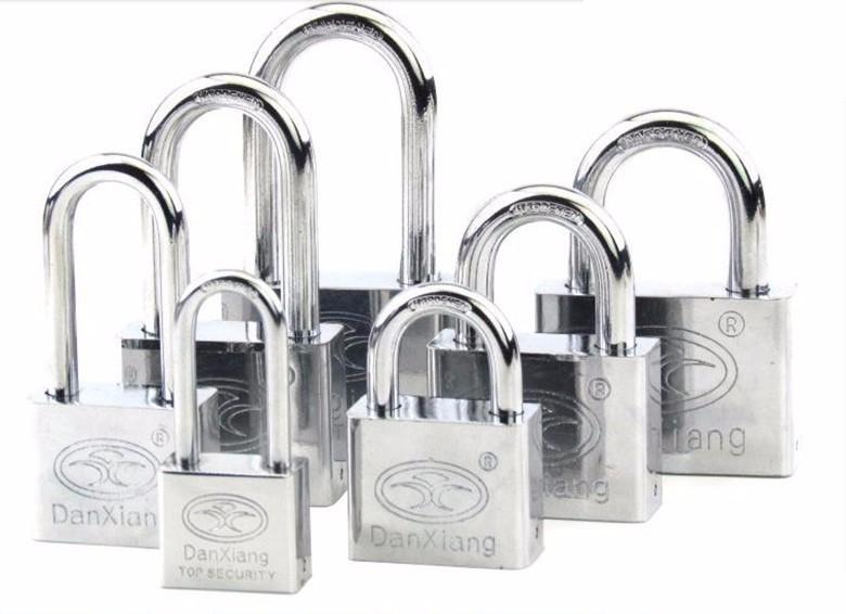 江门 开平市开锁换锁电话 开汽车锁 大门锁 换锁芯 装锁修锁