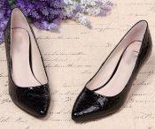 广州批发漆皮牛皮石头纹尖头高跟鞋商务女鞋细跟潮流女鞋一件代发