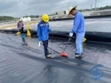 HDPE防滲土工膜