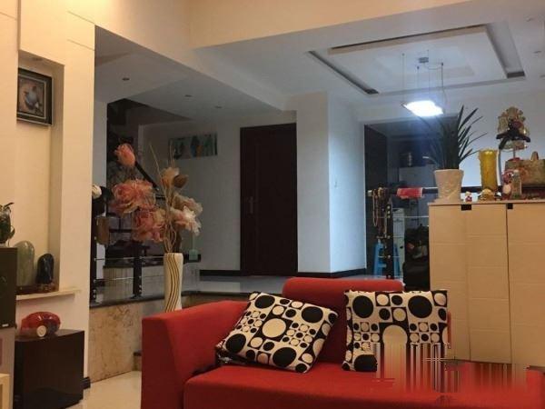 碧园溪林3室2厅2卫