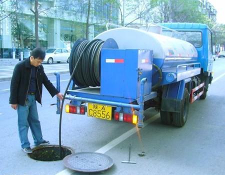 大型高压清洗车疏通排污管道,抽粪,吸粪清淤,清掏沙井,化油池