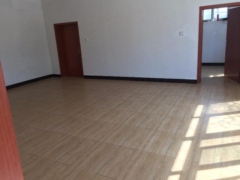 良乡 南刘庄村 3室 2厅 300平米 整租南刘庄村
