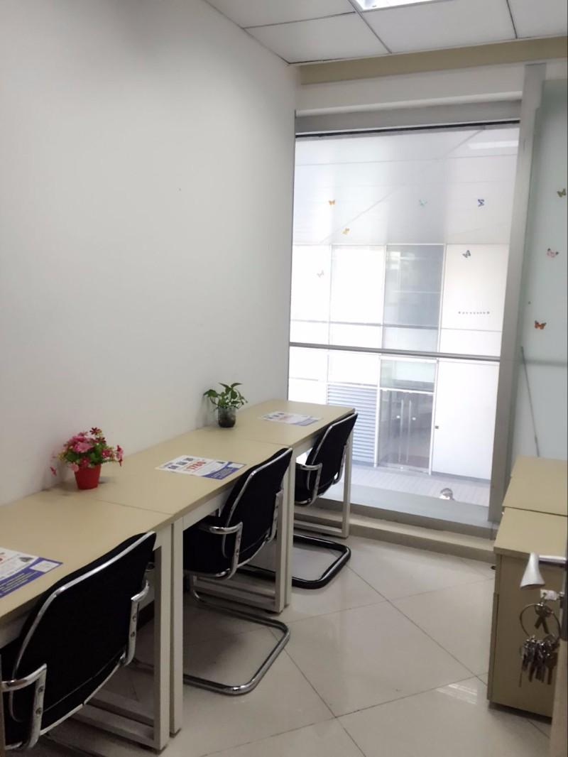 小型办公室出租 天河 可注册 外资 3到5人间 免杂费