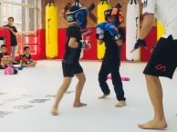 天津少儿搏击散打武术防身培训 十一假期免费试课