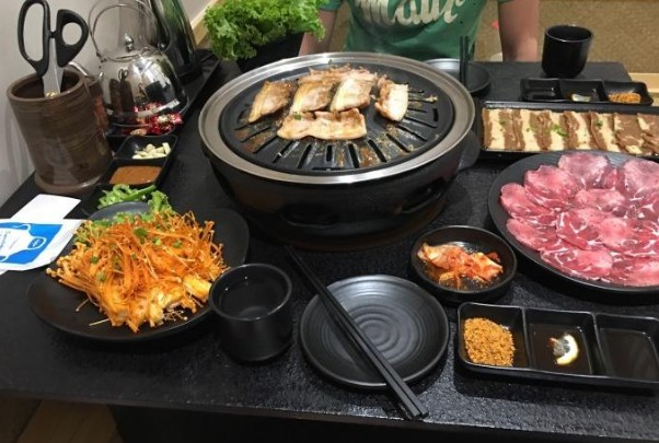 九田家果木烤肉加盟 自助烤肉加盟 烤肉火锅一体店加盟