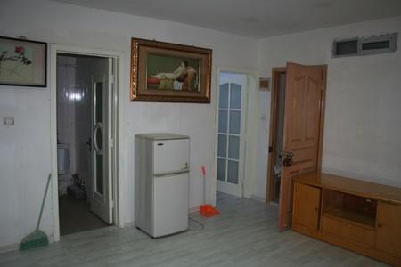 中山路 发达大厦13楼 1室 0厅 35平米 整租