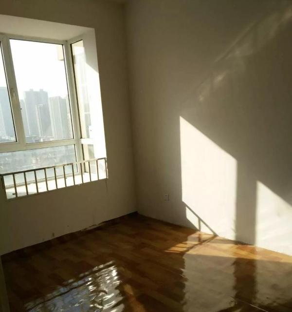 港利锦绣江南西区3室1厅1卫1阳台