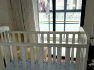 婴儿床 贝乐堡 八成新 附赠围栏垫,席子
