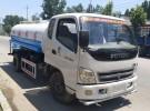 济南哪里有卖二手洒水车的? 绿化5吨8吨二手洒水车新价格6年3万公里2.4万