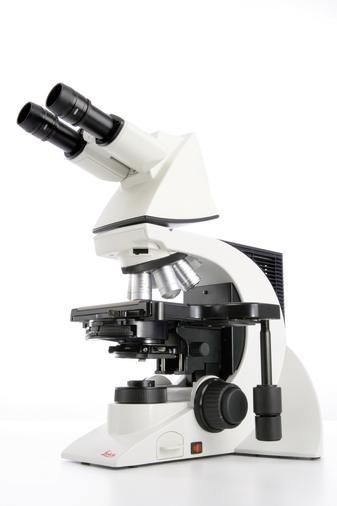 徕卡DM2000显微镜