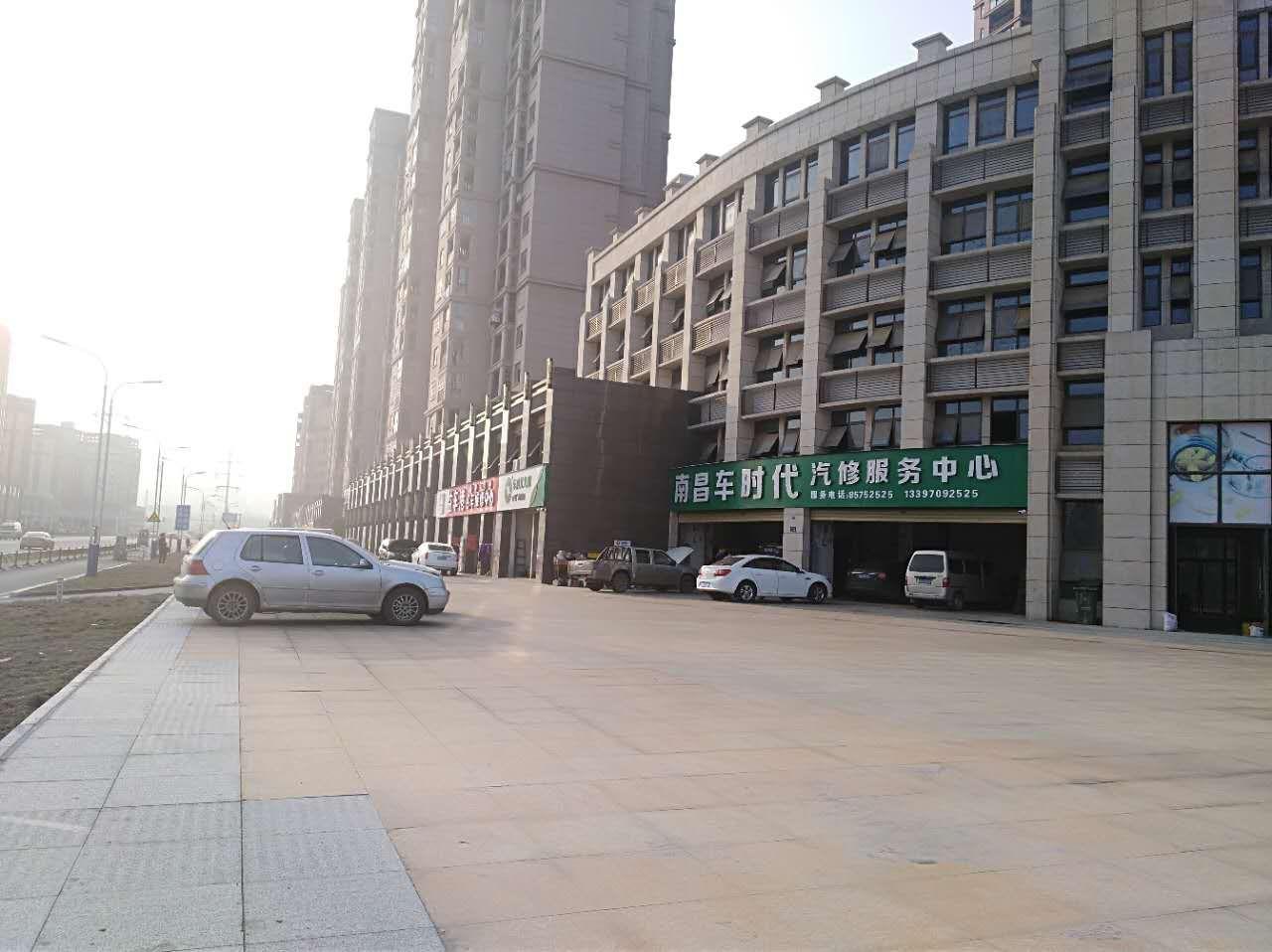 莲塘中心位置沿街旺铺出售 放心国企 即买即租