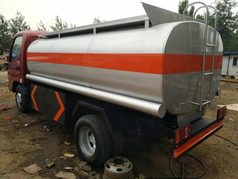 徐水厂家直销各种吨位二手加油车 二手洒水车