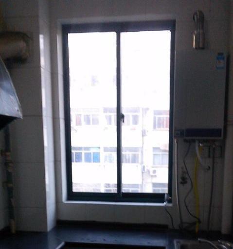 浦东花园2室1厅83.15平米中等装修