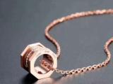 Cartier项链的正确保养方法
