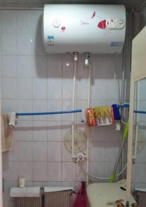 金凤金凤周边双渠小区 2室1厅 68平米 简单装修 年付