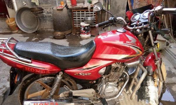 出售新大洲本田摩托车