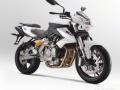 黄龙BJ600GS欧版四缸水冷大排摩托车