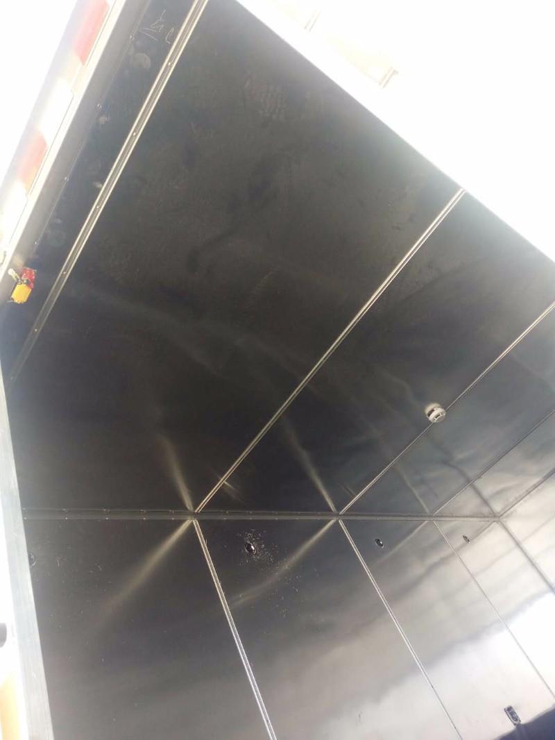 蓝牌危险品厢式货车多少钱一辆