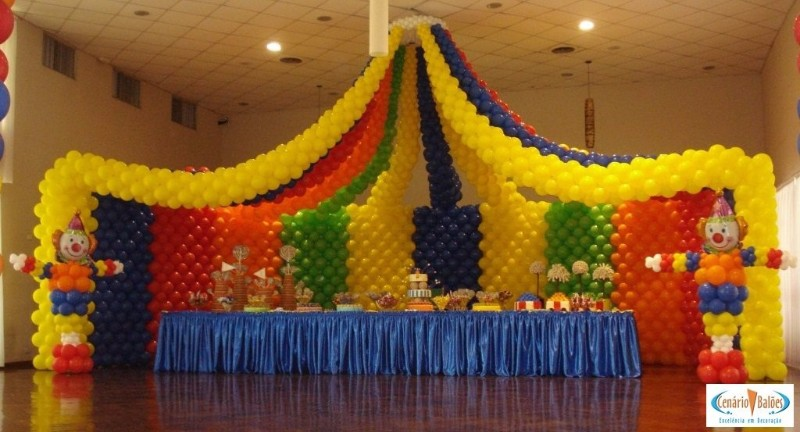 婚礼策划气球现场布置